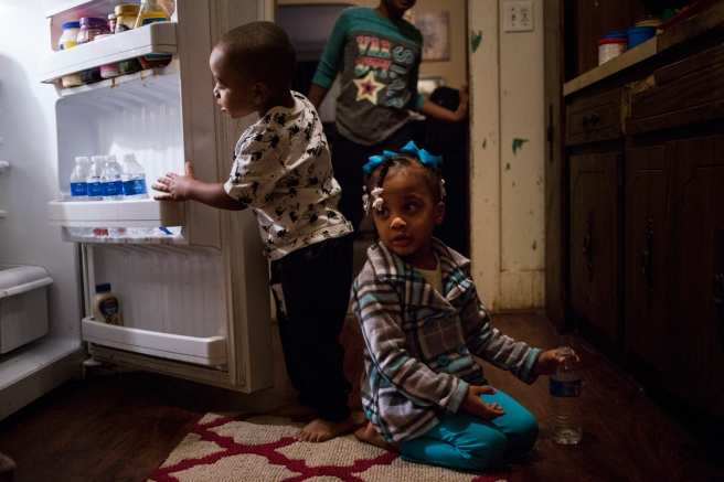 children in flint.jpg