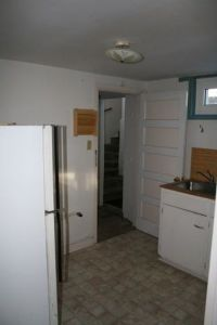 basement-apartment-floor